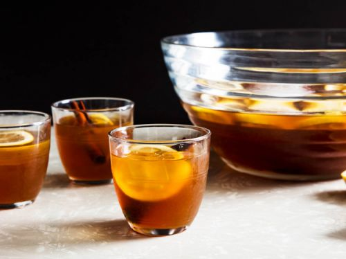 Make-Ahead Fig and Cinnamon Punch
