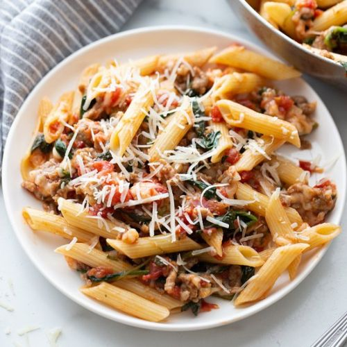 Tomato and Spinach Pasta Toss