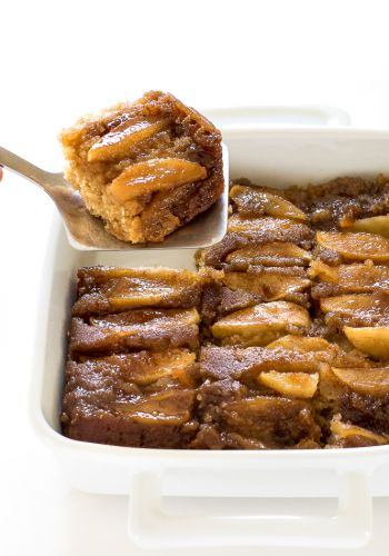 Spiced Caramel Apple Upside Down Cake