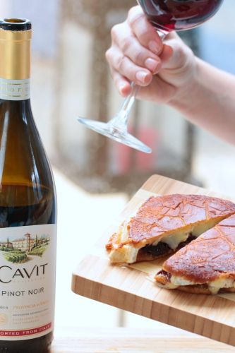 Ultimate Grilled Cheese and Wine Parings