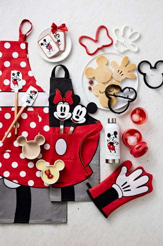 What Happens When Mickey and Minnie Come to the Kitchen