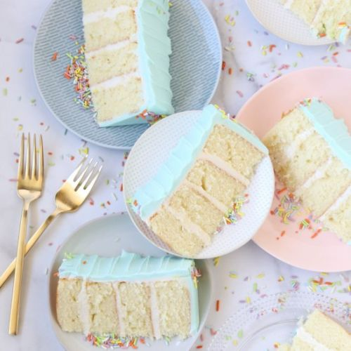 The Best Classic Vanilla Cake