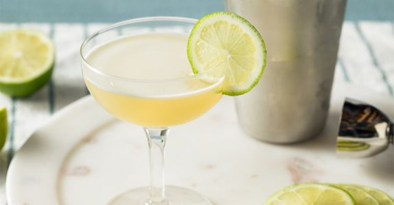 Best Practices: When Mixing an Authentic Gimlet, Lime Cordial Is Key