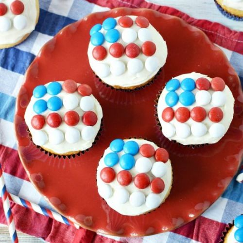 Red White & Blue M&Ms Flag Cupcakes