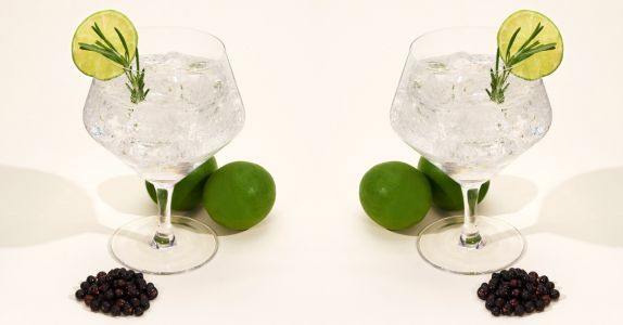 Why We Only Drink Gin & Tonics Out of These Glasses