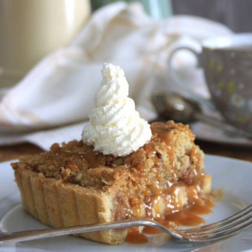 Apple Caramel Crumble Tart