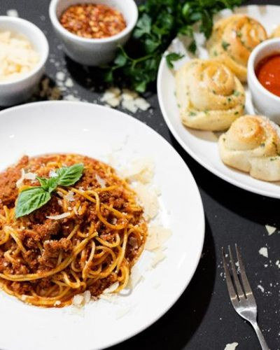 Squisito Pizza & Pasta Teams Up with Barilla to Celebrate National Pasta Month this October