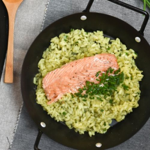 Lemon risotto with salmon