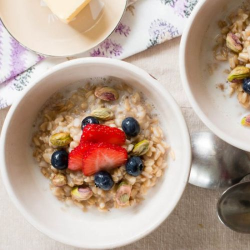 Oat Groats w/ Fruit & Nuts