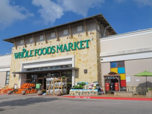 Whole Foods Worker Sends Company-Wide Email Calling for Hazard Pay