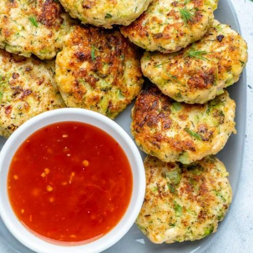 BROCCOLI CHICKEN FRITTERS