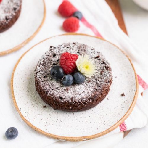 Single Serving Chocolate Cakes
