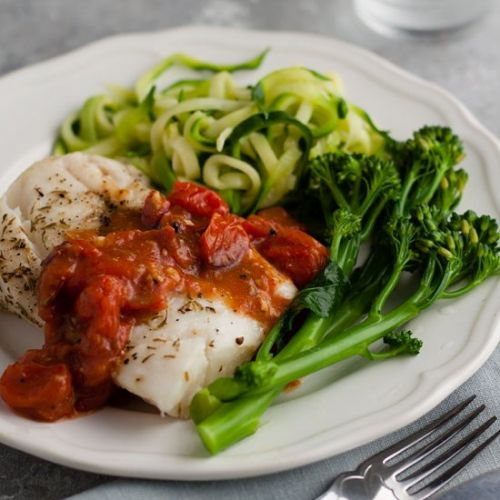 Cod with chunky tomato sauce