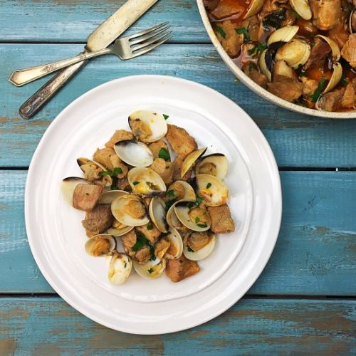 BRAISED CUBED PORK AND CLAMS