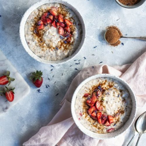 Warming Strawberry and Fig Oats