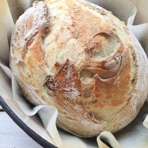 Easy no knead crusty country loaf