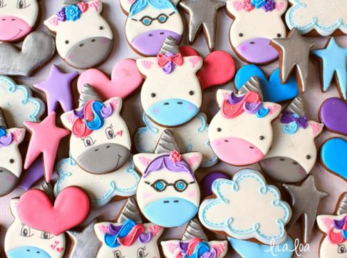 How to Make Decorated Unicorn Cookies