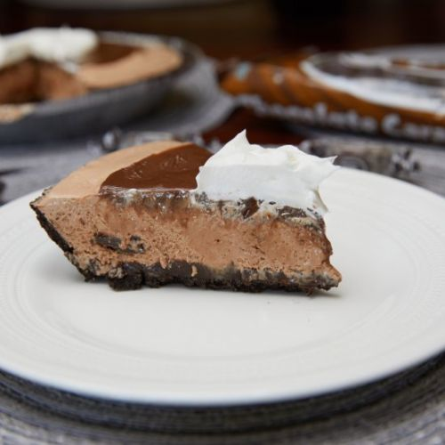 Frozen Chocolate Caramel Cream Pie