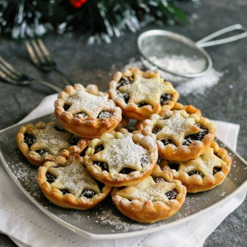 Star topped mince pies