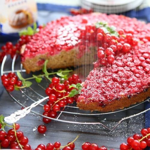 Red Currant Upside Down Cake