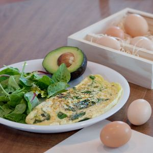 Classic Egg and Spinach Omelet