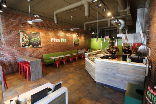 Pita Pit Welcomes the New Year with Bright Salads in Classic and New Combinations