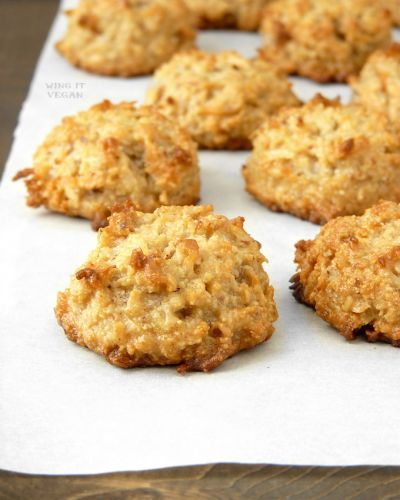 Vegan MoFo: Quick Easy and Delicious Coconut Macaroons