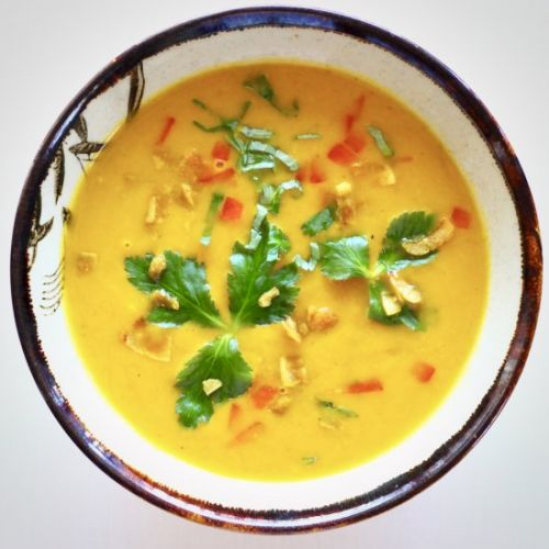 Vegan Pumpkin Curry Soup