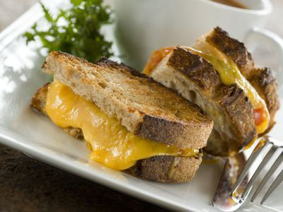Quebec Restaurants Can Now Put 'Grilled-Cheese' on Their Menus
