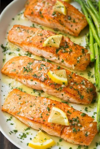 Skillet Seared Salmon with Garlic Lemon Butter Sauce