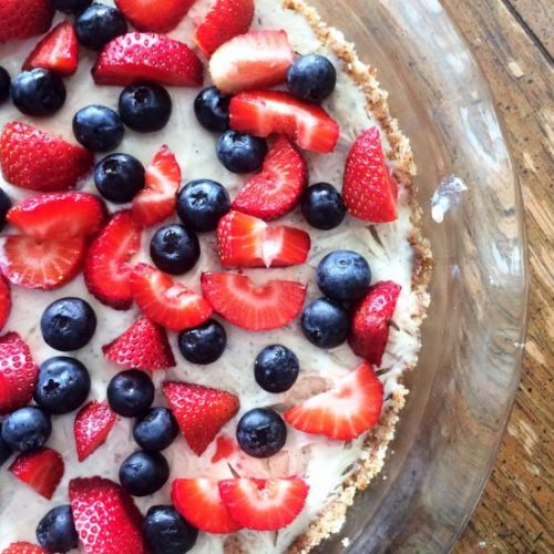 No Bake Berry Pie