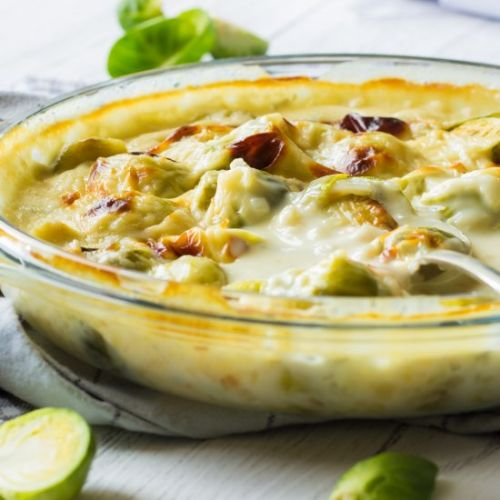 Sprouts in gorgonzola cheese sauce