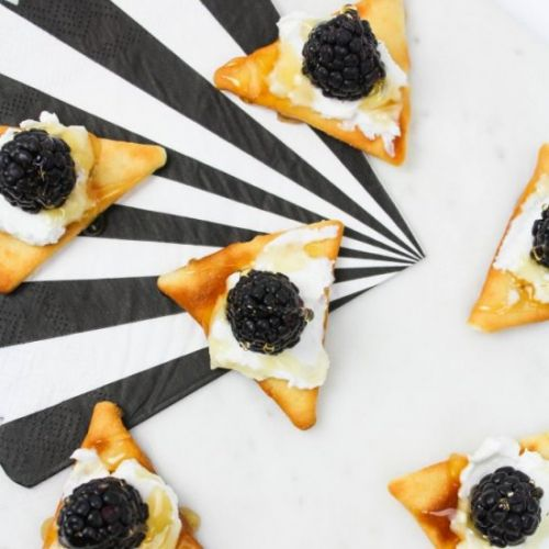 Blackberry & Goat Cheese Appetizers