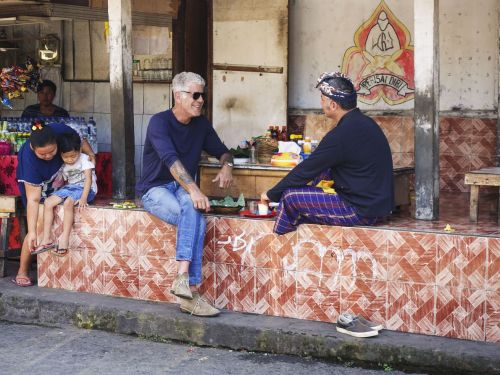 Watch: Anthony Bourdain Gets a Lesson in Indonesian Cuisine on 'Parts Unknown'