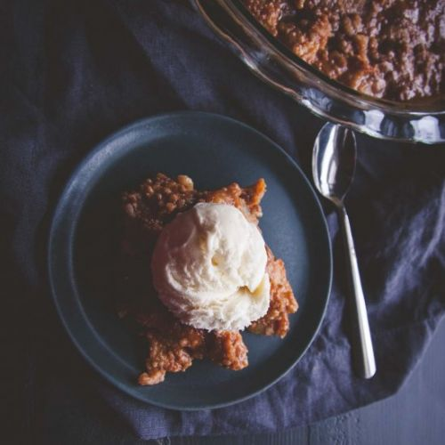 Pear and Ginger Caramel Crumble