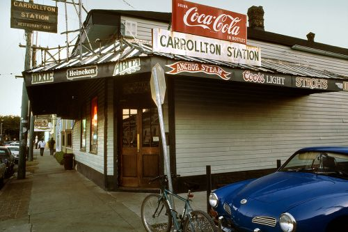 Neighborhood Bar: Carrollton Station, New Orleans
