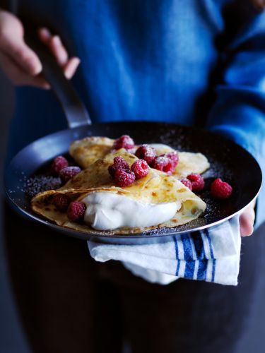 Crepes with Raspberries and Whipped Cream