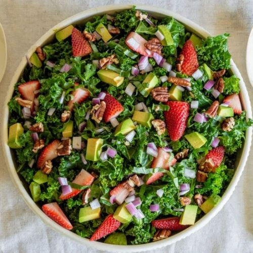 Kale Salad with Strawberry Dressing
