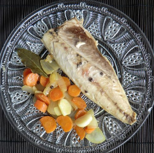 "Filetes de caballa en escabeche / Mackerel fillets in ""escabeche"" marinade"