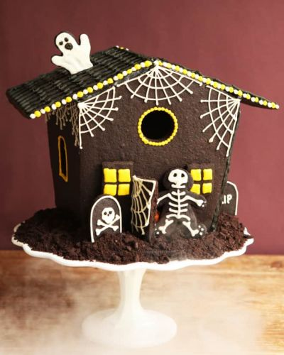 How To Make a Haunted Cookie House for Halloween