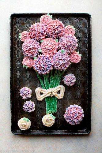 VIDEO: How to Make a Cupcake Bouquet