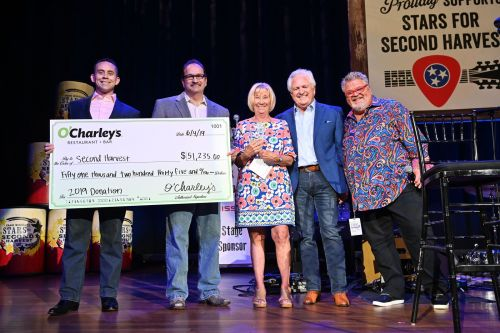 O'Charley's Exceeds $600,000 Donated to Second Harvest Food Bank