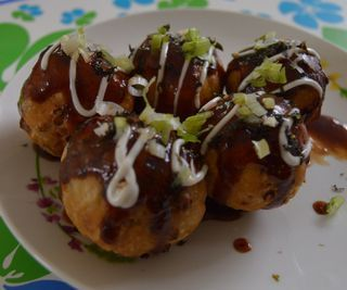 How to Make Takoyaki Without Mold