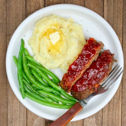 Meatloaf with buttermilk potatoes