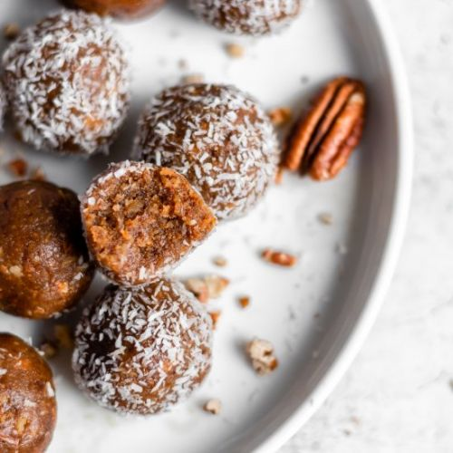 Vegan Carrot Cake Energy Bites