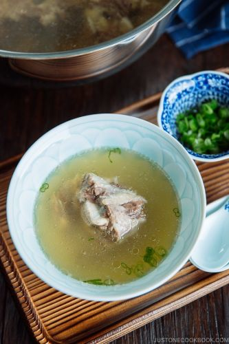 Instant Pot Oxtail Broth 牛テールスープ