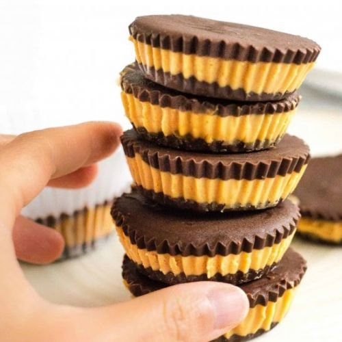 4-Ingredient Peanut Butter Cups