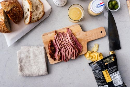 How to make pastrami at home without a smoker