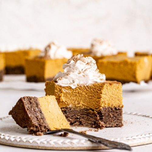 Vegan Pumpkin Cheesecake Bars