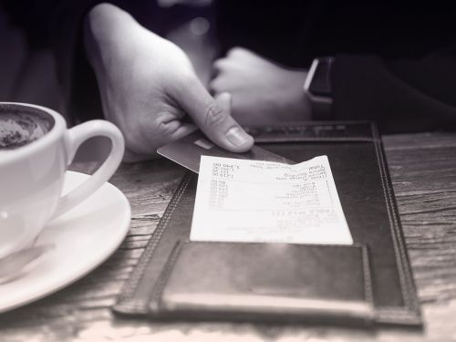 The Right Way to Split the Check at a Restaurant